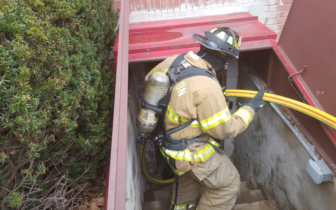 Career & Volunteer Staffs Collaborate on Hose Operation Drill to Improve Fire Ground Efficiency